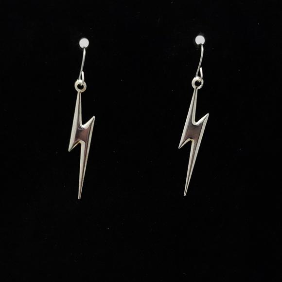Hot Topic Jewelry 5 For 15silver Lightning Bolt Dangle Earrings Poshmark